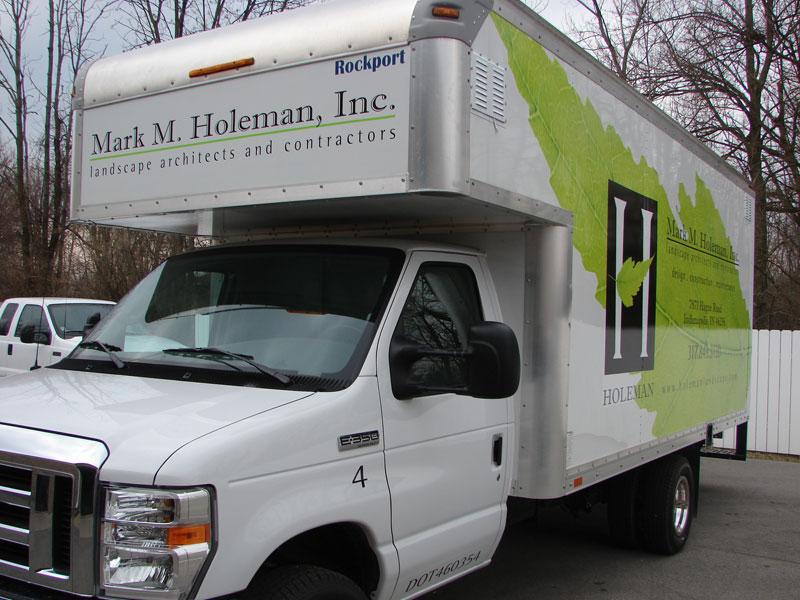holeman-box-2